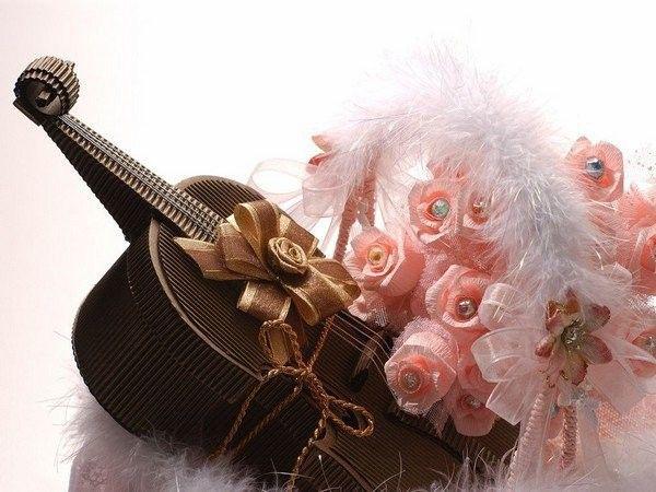 """Вышивка крестом.  Схема вышивки  """"Скрипка """".  150x113 крестов * 69 цветов * Теги: скрипка, розы, романтика."""